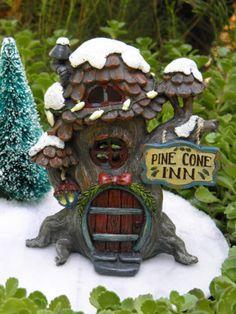 Miniature-FAIRY-GARDEN-House-Winter-CHRISTMAS-Pine-Cone-Inn-House-with-Light