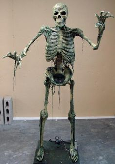 Tutorial~ How to make a dead skeleton look like it's come alive for Halloween! Great Prop!