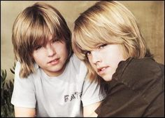 cole and dylan sprouse {see Dan and Joe Riley} Dylan Sprouse, Sprouse Bros, Dylan Y Cole, Suit Life On Deck, Hot Bad Boy, Bad Boys, Cole Spouse, Zack Y Cody, Celebrity Siblings