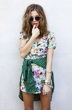Print mixing. Florals and gingham.