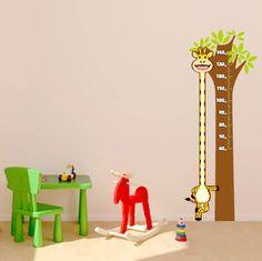 Adesivo régua de parede de girafa. $145.00