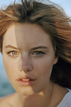Natural Beauty - Camille Rowe by tim barber for Marie Claire My Beauty, Beauty And The Beast, Beauty Women, Beauty Makeup, Beauty Hacks, Hair Makeup, Hair Beauty, Beauty Tips, Tim Barber