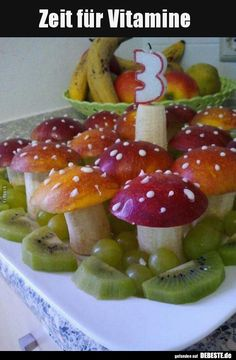 Children should eat more fruits! Happy fruit creations for the little ones! - DIY Ideas (DIY For Kid Devilled Eggs Recipe Best, Deviled Eggs Recipe, Happy Fruit, Fruit Creations, Food Art For Kids, Food Carving, Snacks Für Party, Food Decoration, Food Crafts