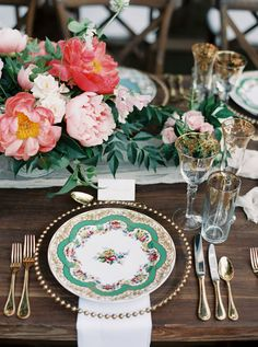 romantic china - photo by Nicole Berrett Photography http://ruffledblog.com/chic-texas-garden-wedding
