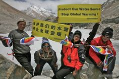 In 2007 three Greenpeace expeditions to Mt. Everest and other regions on the Qinghai-Tibetan Plateau showed a dramatic level of glacier retreat due to global warming. To prevent the worst water shortage crisis, Greenpeace urges the governments of China and other countries to take immediate measures to reduce carbon emissions. © Greenpeace
