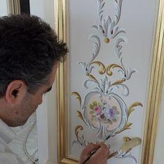 Barok Kalemişi çalışması.  #kalemisi #motif #barok #rokoko #süsleme #tavansüsleme #duvarsüsleme #kalemişi #tezyinat #çiçek #çiçekçalışması #dekorasyon #decor #decoration #pentür www.kalemkarsoner.com GSM : 05398464946