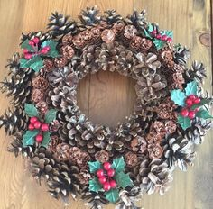 Vintage Homemade PINE CONE Wreath Christmas Holiday Decor Door Wall Hanging