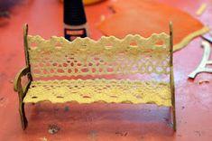 Saara's Dollhouse - Saaran nukkekoti: PARK BENCH TUTORIAL - PUISTONPENKKI OHJE Diy And Crafts, Arts And Crafts, Bouncy Ball, Polymer Clay, Bench, Ice Cream, Scene, Dollhouse Ideas, Dollhouses