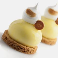 Lemon tart all gluten-free with reduced sugar meringue and date centre Find the step by step recipe in the latest Journal du Patissier. #glutenfree #sansgluten #chocolatweiss #richardhawke #okmycake #pastryelite #picoftheday #french #masterclass