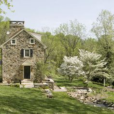 Mine Road Farm - Exterior - traditional - landscape - philadelphia - Archer & Buchanan Architecture, Ltd. Stone Cottages, Cabins And Cottages, Stone Houses, Cozy Cottage, Cottage Homes, Cottage Style, Cottage Design, Farmhouse Landscaping, Landscaping Design