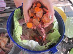 Dzisiaj coś specjalnego , a raczej ze ''specjalnego kociołka'' . Danie przygotowałam w kociołku marki Farmcook . Jest to limitowana edyc... Dutch Oven, Cabbage, Grilling, Food And Drink, Vegetables, Ethnic Recipes, Dom, Recipies