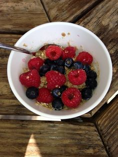 Loaded Berry Oatmeal! Breakfast for Lunch @ #hannahsGFA !