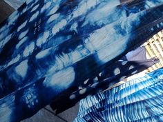 Shibori Indigo Silk Hand Dyeing workshop with Harvest Textiles - via flickr