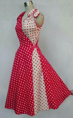 Butterfly Dress Style only lose the bows and add sleeves! Retro Mode, Mode Vintage, Dot Dress, Dress Skirt, Sari Dress, Dress Red, 1950s Fashion, Vintage Fashion, Pretty Dresses