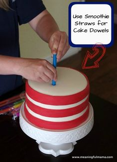 Use Smoothie Straws for Cake Dowels - Brilliant Cake Decorating Hack