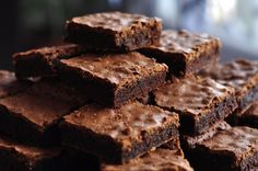 Mother faces backlash for using breast milk in bake sale brownies and not telling anyone