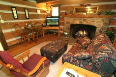 Timeless Treasures - Gorgeous historical cabin located in the heart of Gatlinburg yet feels like you are miles away in a country setting. This open floor plan, one bath home sleeps 3 and is perfect for a small  families or couples alike. Relax by the huge wood fireplace which can be enjoyed either from the sofa or the King size bed. #petfriendly