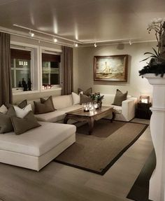 Cozy Small Living Room Decor Ideas For Your Apartment - .- Cozy Small Living Room Decor Ideas For Your Apartment – Home – Source by interiorrsde - Beige Living Rooms, Elegant Living Room, Cozy Living Rooms, Apartment Living, Interior Design Living Room, Home And Living, Living Room Designs, Small Living, Modern Living