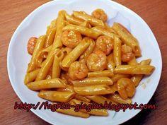 Greek Recipes, Real Food Recipes, Cooking Recipes, Healthy Recipes, Cookbook Recipes, Pork Recipes, Kourabiedes Recipe, Christmas Bread, Shrimp Pasta