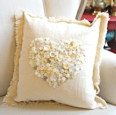 button heart pillow for valentines day, crafts, seasonal holiday decor, valentines day ideas