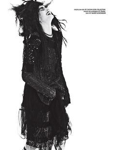 Voodoo Dolly (10 Magazine)