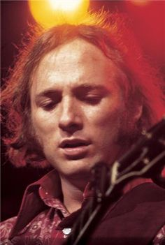 Stephen Stills | Henry Diltz. Two artists at the top of their game.