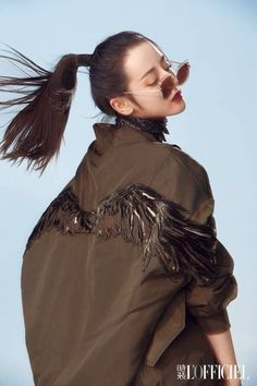 Pop star Dilraba Dilmurat poses for fashion magazine Women In China, Lesbian Hot, Korean Fashion Dress, Chinese Fashion, Best Photo Poses, Fashion Cover, Cute Korean Girl, Chinese Actress, Celebs