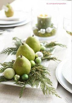 NY Pears)) Noel Christmas, All Things Christmas, Winter Christmas, Christmas Crafts, Simple Christmas, Christmas Christmas, Homemade Christmas, Christmas Colors, Christmas Ideas
