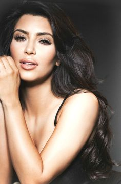 Kim Kardashian Photoshoot, Kim Kardashian Bikini, Kardashian Style, Kardashian Jenner, Kim Kardashian Long Hair, Kardashian Family, Kylie Jenner, Smokey Eye For Brown Eyes, 2015 Hairstyles