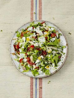 http://www.jamieoliver.com/recipes/chicken-recipes/cracking-cobb-salad/#px6WqhTO8yTT2f9m.97/?utm_source=social&utm_medium=RecipeOftheDay&utm_term=2015