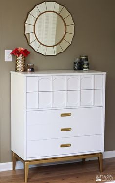 A Gold and White Dresser | JustAGirlAndHerBlog.com Refurbished Furniture, Upcycled Furniture, Furniture Projects, Furniture Makeover, Painted Furniture, Diy Furniture, Dresser Makeovers, Retro Furniture, Diy Projects