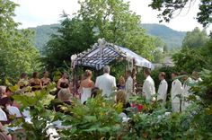 Weddings | Ceremony at the Prospect Hill Bed & Breakfast Inn located in Mountain City, TN.