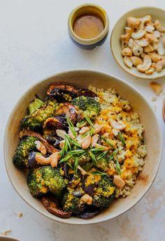 Veggie Quinoa Bowl, Quinoa Broccoli, Veggie Recipes Quinoa, Quinoa Salad, Whole Food Recipes, Dinner Recipes, Cooking Recipes, Vegetarian Recipes, Healthy Recipes