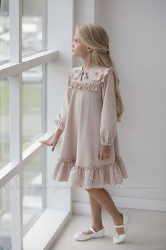 Р Little Girl Dresses dresses Handmade Parisian Set women Little Girl Fashion, Kids Fashion, Fashion Fashion, Little Girl Dresses, Girls Dresses, Dresses For Kids, Dresses Dresses, Pageant Dresses, Fashion Dresses