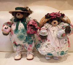 Apple Whimsey's Victorian Bear Springtime Couple #Springtime