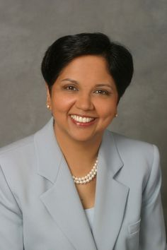 Indra Nooyi, the CEO of PepsiCo. She's credited with improving PepsiCo's profit margins, implementing business practices that encourage the production of healthier foods, making the production of the company's goods more eco-friendly. Indra Nooyi, Influential People, Professional Dresses, Powerful Women, Work Fashion, Ladies Day, Girl Power, Business Women, Chief Executive