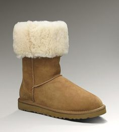 Looks comfy for the winter. Maybe change the boots to gray? Still http://cute.http://ugg-show.at.vc http://uugg-show.ch.gg $90 ugg boots,ugg shoes,ugg fashion shoes,winter style for Christmas