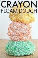 Crayon Floam Dough Recipe – such a fun play dough alternative for sensory play. This stuff is so fun to play with for toddler, preschool, kindergarten, grade, grade and more! School Age Activities, Sensory Activities, Sensory Play, Preschool Activities, Preschool Kindergarten, Toddler Preschool, Sensory Table, Sensory Bins, Work Activities