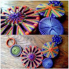 Message Crochet Buttons, Diy Buttons, Custom Buttons, Buttons Ideas, Button Art, Button Crafts, Fabric Crafts, Felt Crafts, Diy And Crafts