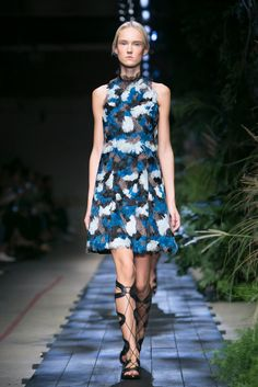 A look from the Erdem Spring 2015 RTW collection.