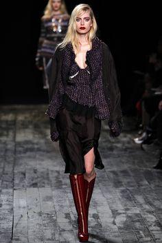 Nina Ricci Fall 2012 Ready-to-Wear Look 16
