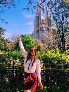 #SagradaFamilia #Barcelona #building #sunny #summer #spring #sun #outfit #ootd #pose