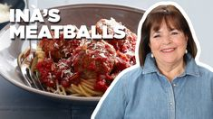 Ina Garten Makes Her Top-Rated Meatballs and Spaghetti Meatball Recipes, Meat Recipes, Pasta Recipes, Cooking Recipes, Wing Recipes, Sauce Recipes, Yummy Recipes, Spaghetti And Meatballs, Italian Meatballs