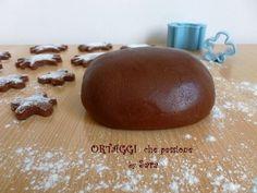 Pasta frolla di nutella Ortaggi che passione by 180 g di nutella t.a. 1 uovo intero (60 g) 150 g di farina 00 20 g di zucchero semolato (o a velo) 1 cucchiaino di lievito per dolci