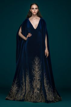 haute couture dress couture couture dresses couture kleider couture rose couture rules Wings of Eternity: Saiid Kobeisy Couture fall/winter – Livemaster Beautiful Gowns, Beautiful Outfits, Pretty Outfits, Pretty Dresses, Image Fashion, Fantasy Gowns, Elegantes Outfit, Costume Design, Couture Fashion