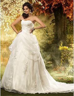 Wedding Dress A Line Chapel Court Train Organza Sweetheart With Beading Appliques – USD $ 229.99