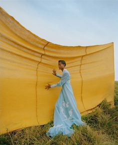 Nadine Ijewere shoots 'Youth Quake' for British Vogue January 2019 Film Photography, Creative Photography, Editorial Photography, Glamour Photography, Lifestyle Photography, Fashion Shoot, Editorial Fashion, Lara Jade, New Mode