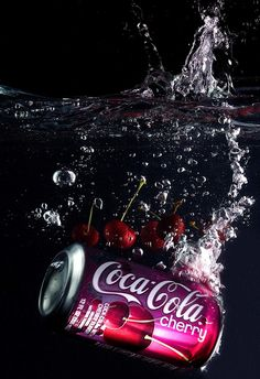 product photography droplets Coca Cola can submerged in water Splash Photography, Rose Photography, Creative Photography, Product Photography, Photography Ideas, Still Life Photography, Cocktail Photography, Coca Cola Can, Coca Cola Bottles