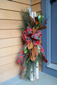 decorate with white birch | white birch Christmas decoration for the porch. Would do something ...