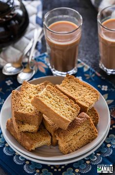 Learn how to make rusks at home with this easy rusk recipe! Rusks are twice baked toasrs which are best enjoyed with chai! Eggless Desserts, Eggless Baking, Tea Rusk Recipe, Rusk Bread Recipe, Wine Recipes, Indian Food Recipes, Indian Snacks, Indian Desserts, Indian Sweets